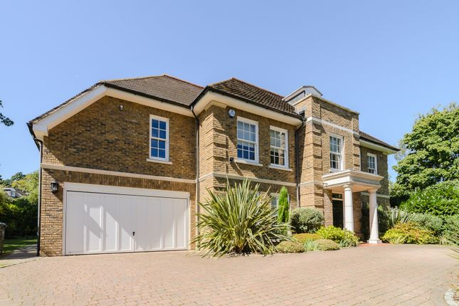 Thumbnail Detached house to rent in Queens Hill Rise, Ascot, Berkshire