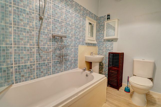 Bathroom of Church Street, Dumfries DG2