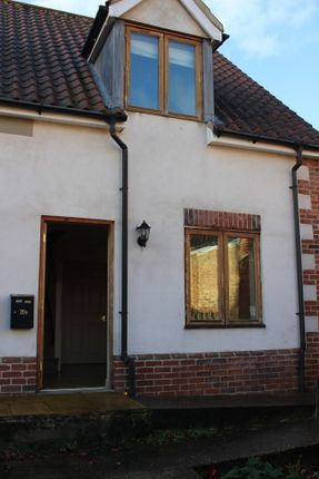 Thumbnail Semi-detached house to rent in Blyburgate, Beccles