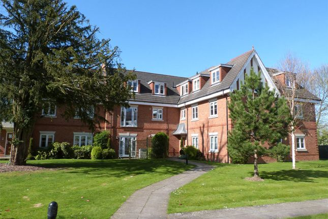 Thumbnail Flat for sale in Oxfordshire Place, Warfield, Berkshire