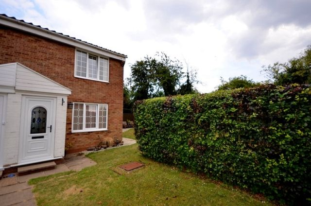 Thumbnail Maisonette to rent in Leggott Way, Stallingborough, Grimsby