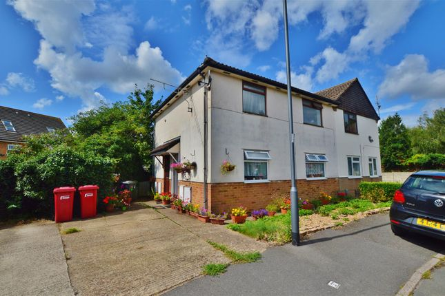 Thumbnail Maisonette for sale in Mallard Drive, Cippenham, Slough