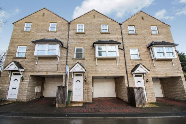 Thumbnail Town house to rent in Alder Mews, Batley