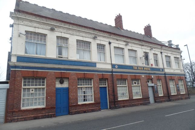 Thumbnail Pub/bar for sale in Corporation Road, Sunderland