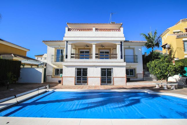 2 bed villa for sale in Coin, Coín, Málaga, Andalusia, Spain