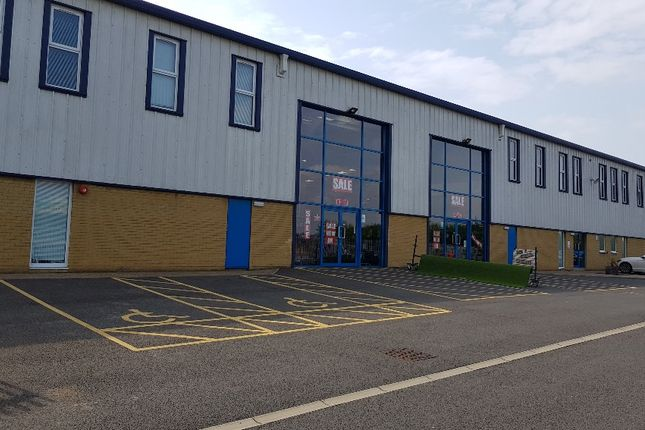 Thumbnail Warehouse to let in Caxton Road, Bedford