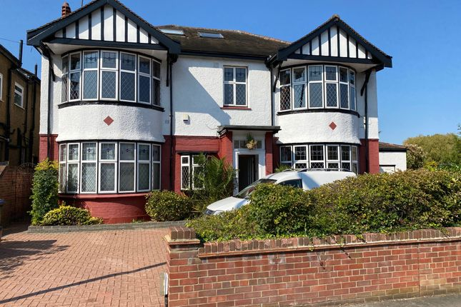 Thumbnail Detached house to rent in Old Park Ridings, London