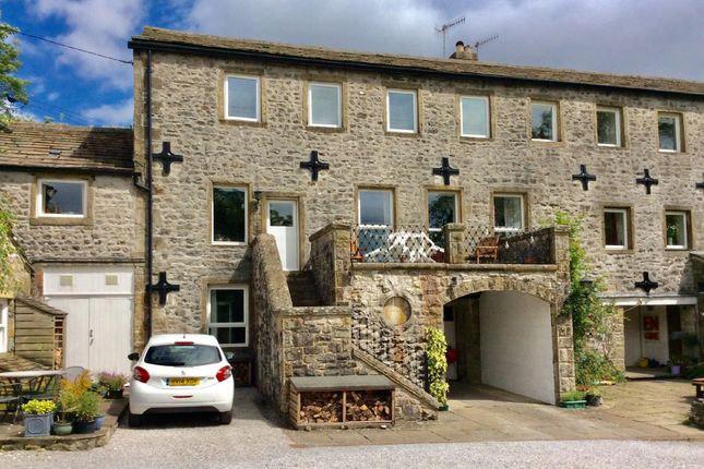 4 bed semi-detached house for sale in Scalegill, Kirkby