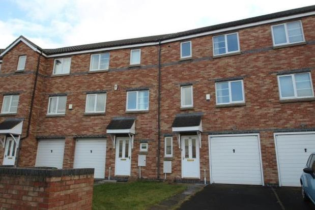Thumbnail Property to rent in Bridges View, Gateshead