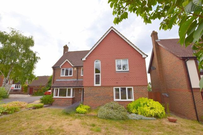 Thumbnail Detached house to rent in Bishops Field, Aston Clinton, Aylesbury