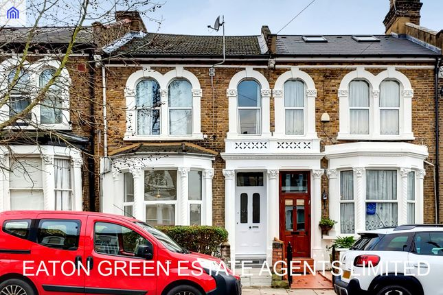 Thumbnail Flat for sale in Crofton Road, London