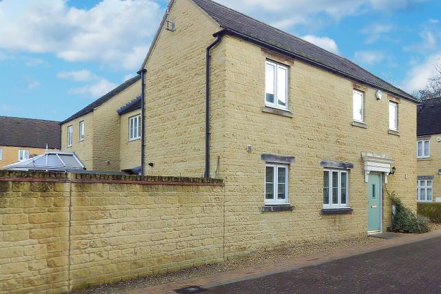 Thumbnail Detached house to rent in Bluebell Way, Carterton, Oxfordshire