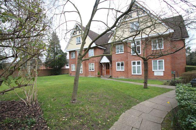 Thumbnail Flat to rent in Woodstock House, Rectory Road, Wokingham, Berkshire