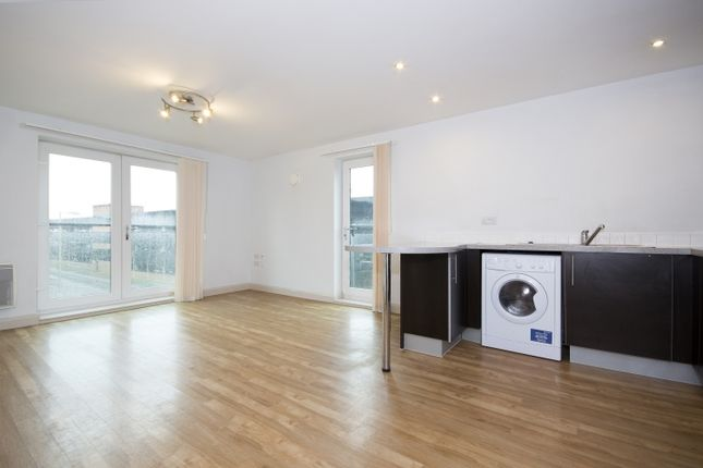 Flat to rent in Marshall Road, Banbury