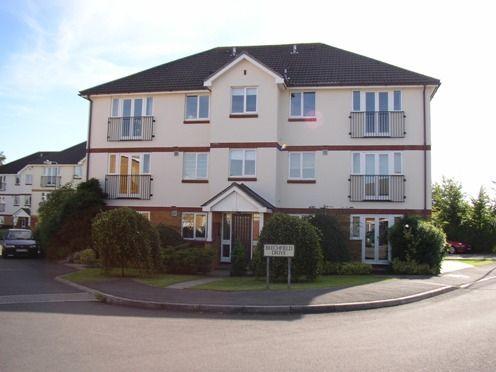 Thumbnail Flat to rent in Beechfield Drive, Devizes