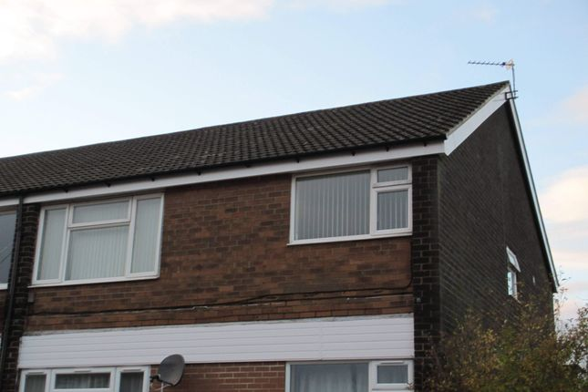 Thumbnail Flat to rent in Whinmoor Crescent, Leeds