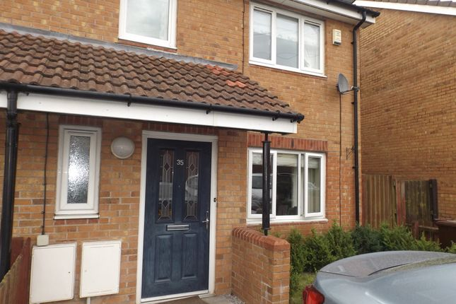 Thumbnail Semi-detached house to rent in Deerwood Vale, Hyde