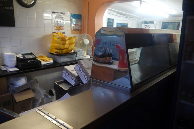 Leisure/hospitality for sale in Fish & Chips WF4, Grange Moor, West Yorkshire