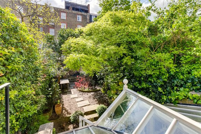 Picture No. 47 of Earls Court Gardens, London SW5