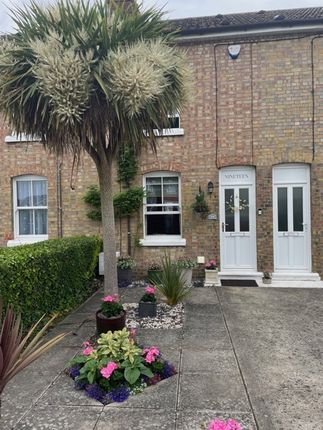 2 bed terraced house to rent in Chapel Road, Tiptree CO5