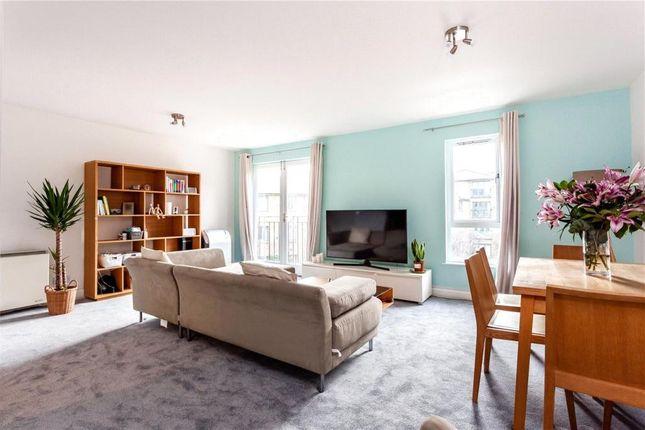 Thumbnail Flat to rent in Durward Street, London