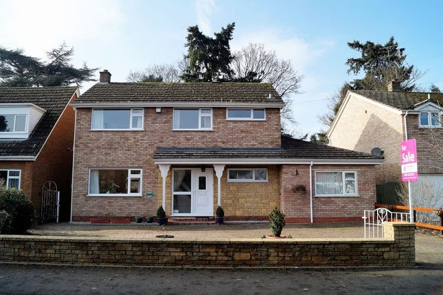 Thumbnail Detached house for sale in Swinton Lane, Worcester