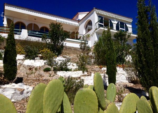 Thumbnail Detached house for sale in L Hospitalet De L Infant, Tarragona, Catalonia, Spain