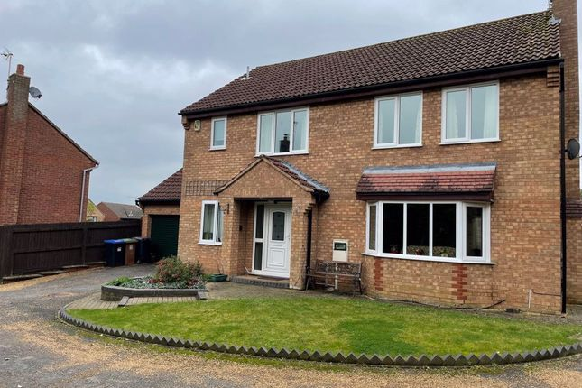 Thumbnail Property to rent in Livingstone Road, Daventry