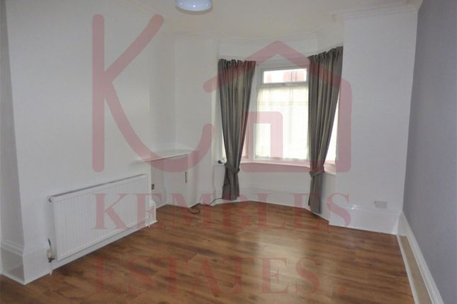 Thumbnail Studio to rent in Lister Avenue, Balby, Doncaster