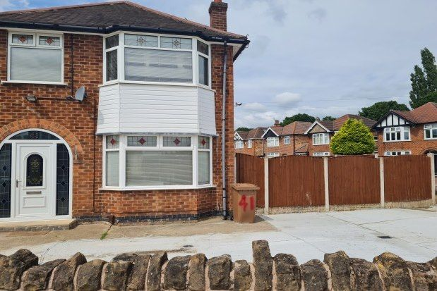 4 bed property to rent in Brendon Road, Nottingham NG8