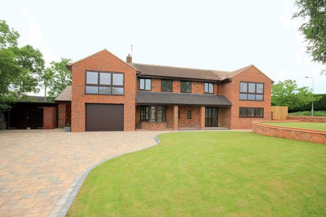 Thumbnail Detached house for sale in Uttoxeter Road, Stone