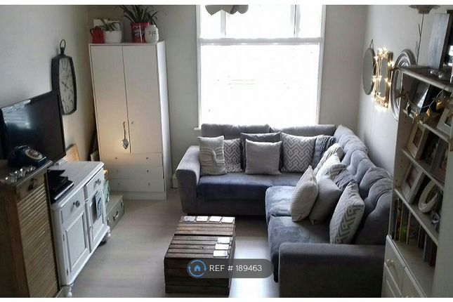 Thumbnail Flat to rent in Ringslade Road, London