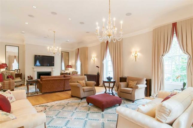Thumbnail Property for sale in Smith Square, London