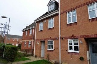 Thumbnail Terraced house to rent in Aster Walk, Nuneaton