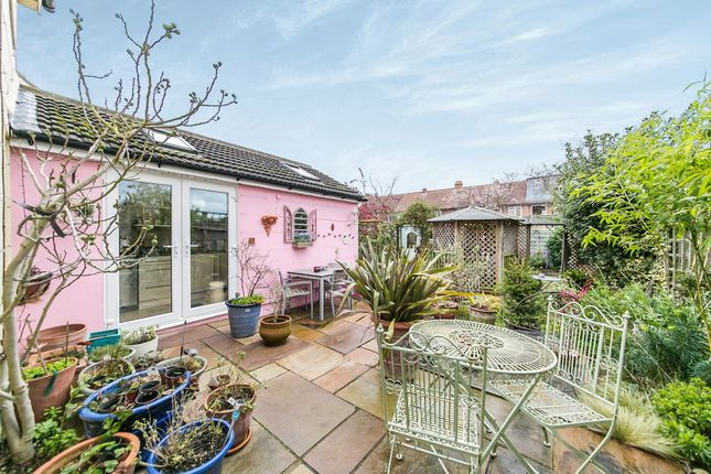 Property For Sale In Renfrew Road Ipswich