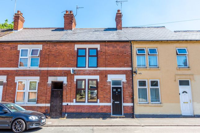 3 bed terraced house to rent in Midland Road, Rushden NN10