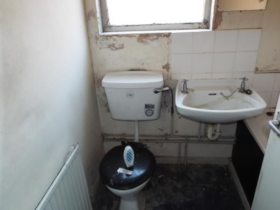 Bathroom of Dashwood Road, Leicester LE2
