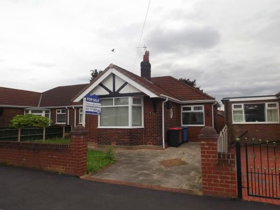 2 bed bungalow for sale in Lyndon Road, Irlam, Manchester, Greater Manchester