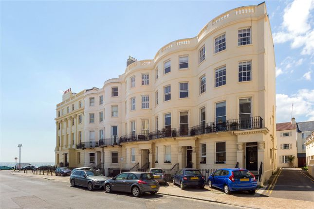 Thumbnail Flat for sale in Lansdowne Place, Hove, East Sussex