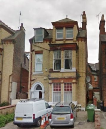 3 bed terraced house for sale in Trinity Road, Bridlington, North Humberside