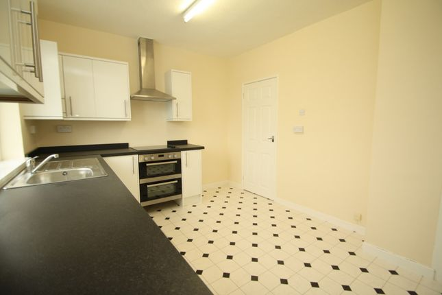 Thumbnail Flat to rent in 9A Lime Avenue, Weaverham, Northwich, Cheshire