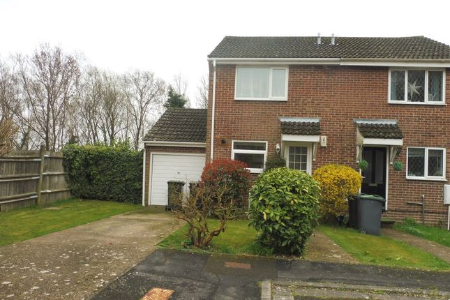 2 bed end terrace house for sale in Holly Drive, Waterlooville