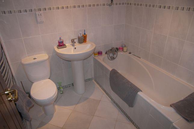 Bathroom of Weeton Road, Weeton, Preston PR4