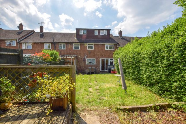 Thumbnail Terraced house for sale in Great Road, Hemel Hempstead, Hertfordshire