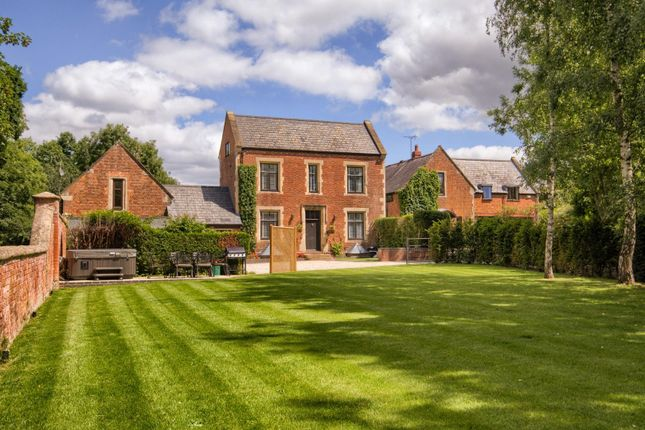 Thumbnail Detached house for sale in Brownley Green Lane, Hatton, Warwick
