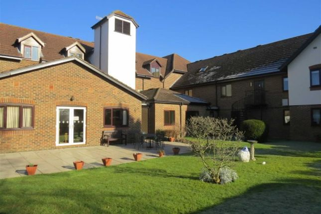 1 bed flat for sale in Sycamore Lodge, Sevenoaks Road, Orpington