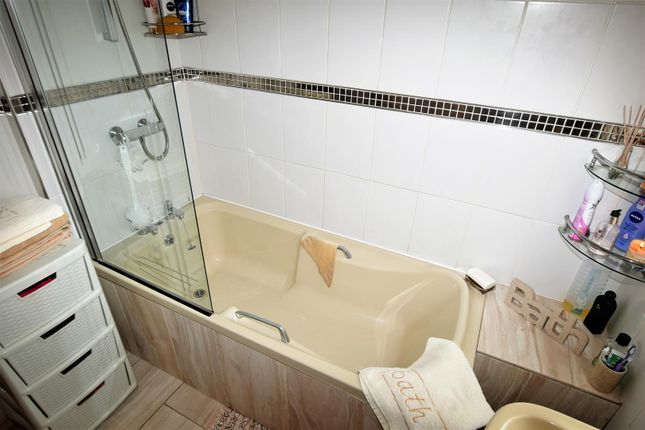 Bathroom of Tynewydd Road, Barry CF62