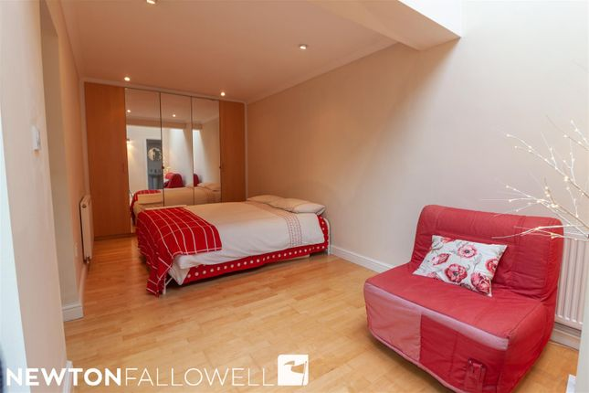 Bedroom Five of London Road, Retford DN22