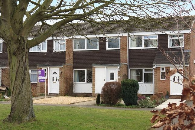 Thumbnail Terraced house to rent in Kennedy Drive, Pangbourne