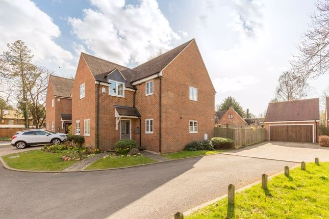 Thumbnail Detached house for sale in Poppy Close, Yarnton, Kidlington
